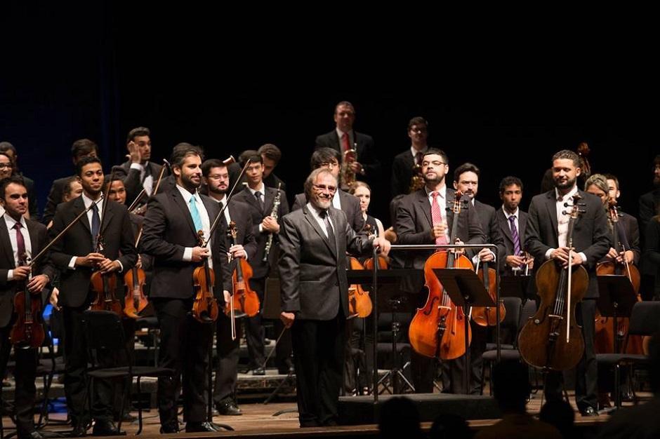 Filarmônica de Goiás faz concerto gratuito com distribuição de CDs