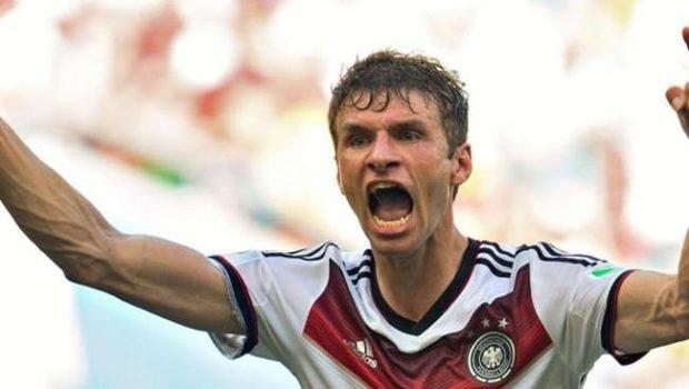 Müller faz dois e Alemanha vence apertado na estreia