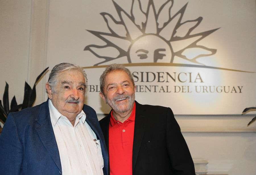 'Confissão' de Lula sobre mensalão é registrada em livro