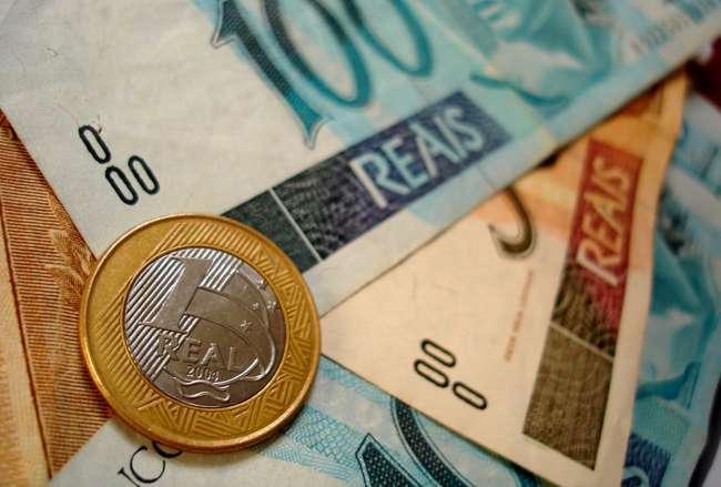 Inflação semanal acumula alta de 7,99% em 12 meses