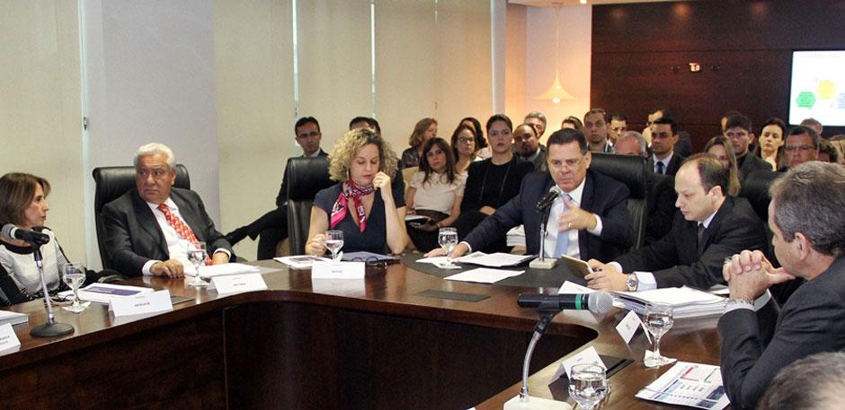 """""""Chegaremos a 2018 entre os Estados mais competitivos do País"""", diz Marconi"""