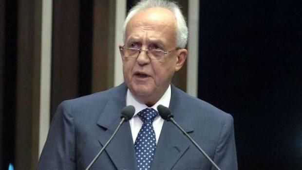Desespero do PT com Marina sacrifica aliados, diz Jarbas Vasconcellos