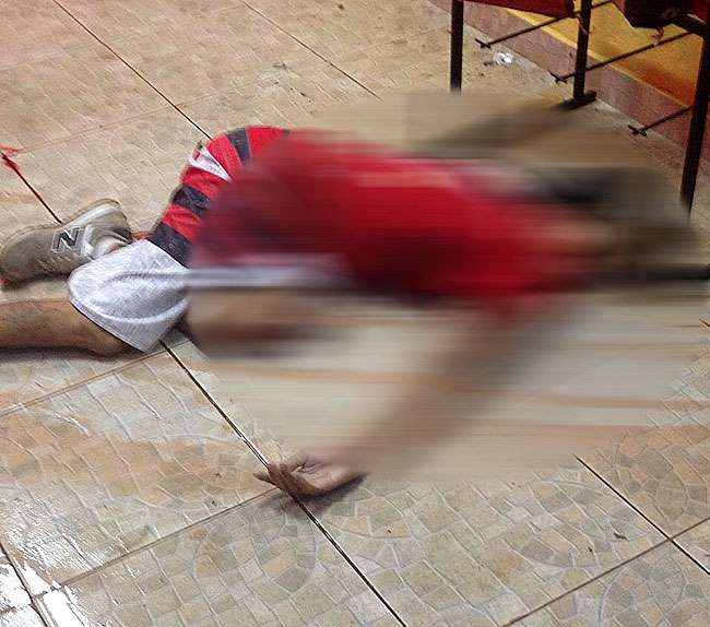 Homem é morto e três são baleados na porta de distribuidora de bebidas no Setor Negrão de Lima