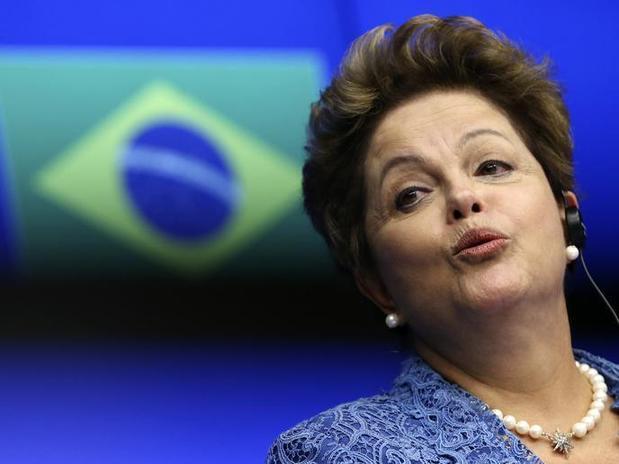 Falcão: Dilma deve iniciar campanha só depois do dia 20