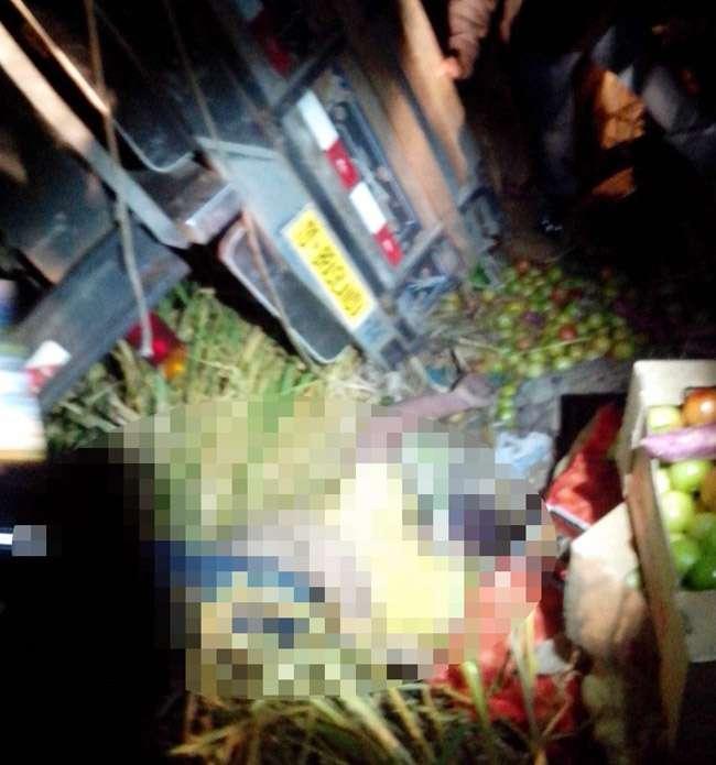 Suspeito de roubar caminhão morre em acidente durante fuga