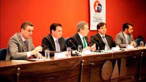 Durante sabatina, Vanderlan Cardoso faz duras críticas ao Governo