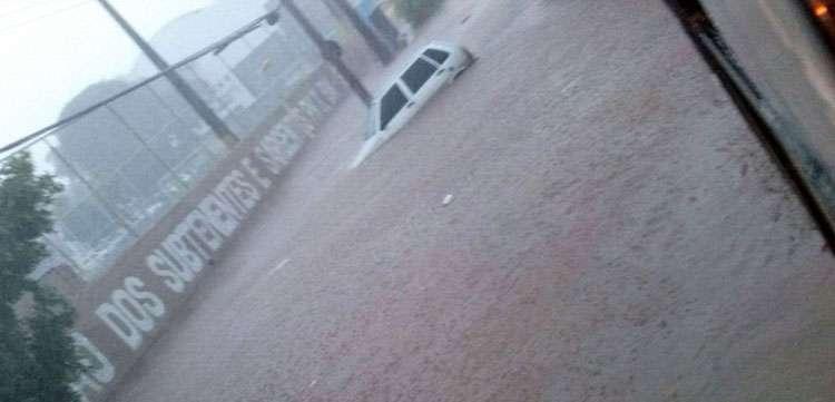 Chuva causa o caos em Goiânia