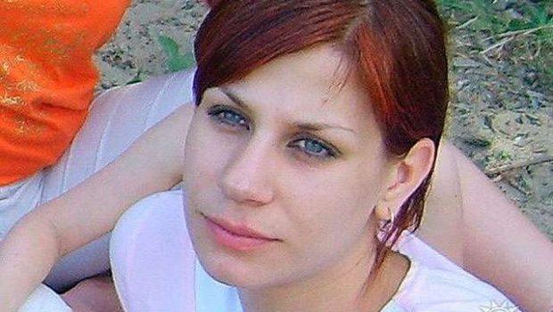Mulher morre queimada após trair marido em noite de núpcias