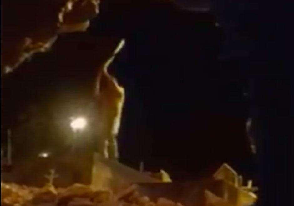 Vídeo mostra homem depredando cemitério em Pilar de Goiás