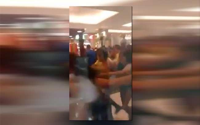 Jovens fazem rolezinho e causam tumulto no Buriti Shopping