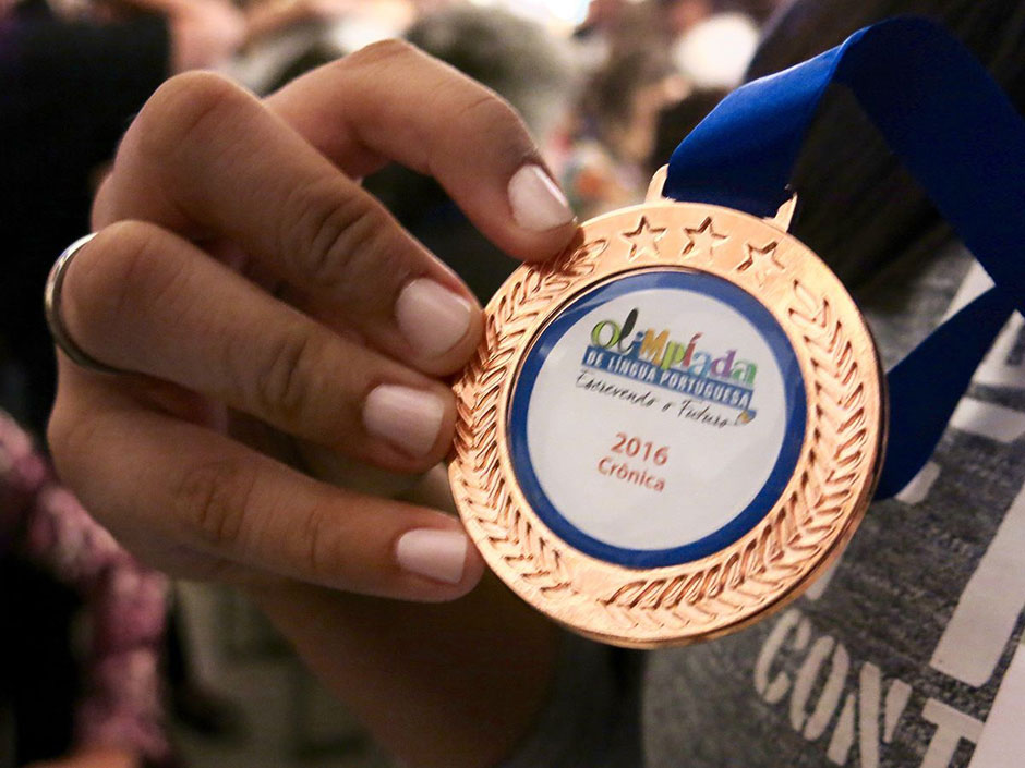 Aluna da rede municipal de Goiânia leva bronze em olimpíada brasileira de Língua Portuguesa
