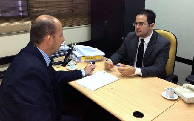 Delegado informa MP sobre investigações de assassinatos de mulheres em Goiânia