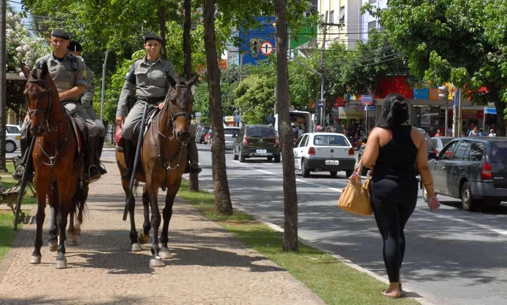 Polícia Montada intensifica segurança na Região Central de Goiânia