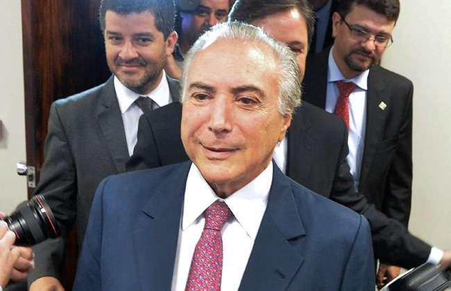 Vice-presidente Temer assume articulação política do governo