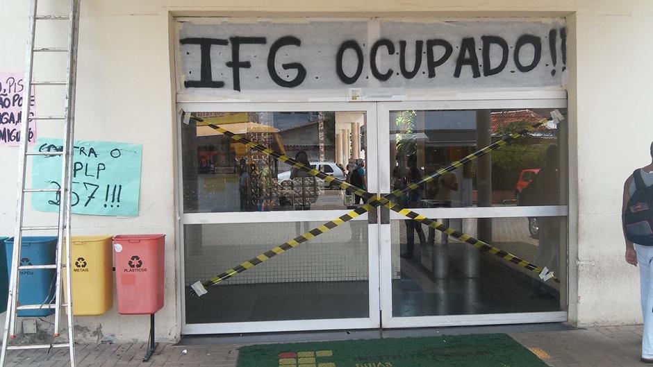 Sete seções eleitorais são transferidas em Goiânia devido à ocupação de escolas
