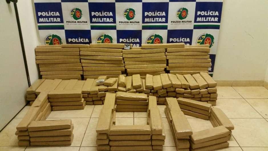Polícia apreende 300 quilos de maconha em Jataí