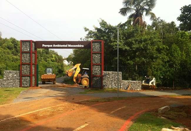 Após danos provocados pela chuva, prefeitura realiza obras de contenção no Parque Ambiental Macambira