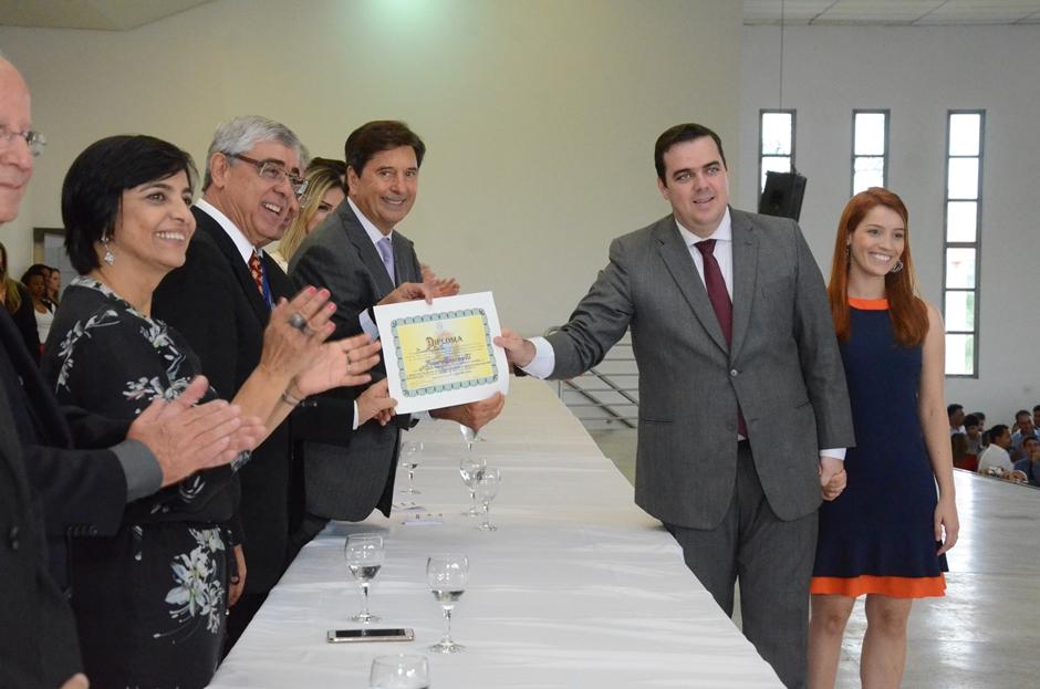Prefeito e vereadores eleitos de Aparecida de Goiânia são diplomados