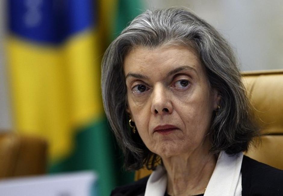 Cármen Lúcia: 'Judiciário não é instância de revisão de decisões da Câmara'
