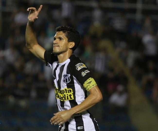 Ceará vence mais uma e tira o Inter da Copa do Brasil