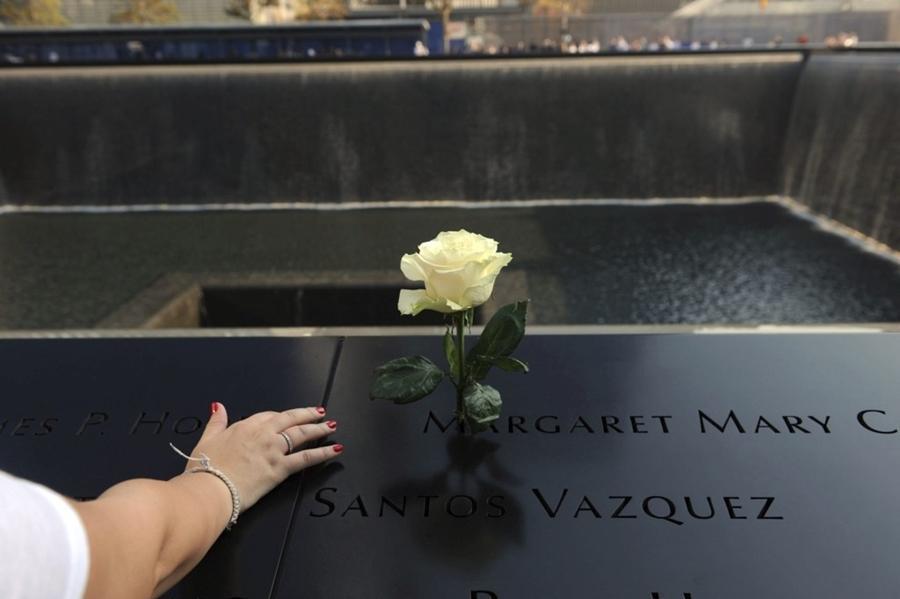 Cerimônias em Nova York e na Casa Branca lembram os 15 anos dos atentados de 11/9