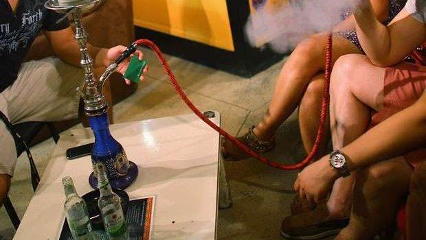 Fumar Narguilé por uma hora equivale a 100 cigarros