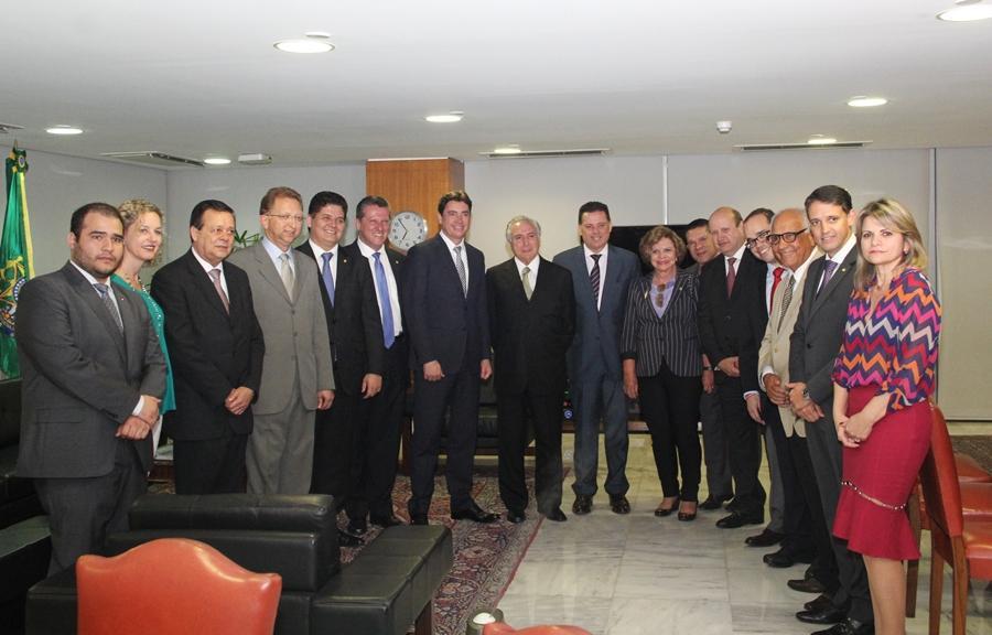 Marconi apresenta demandas de Goiás a Michel Temer