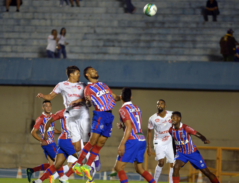 Em Goiânia, Bahia ganha do Vila Nova e assume a terceira posição da Série B