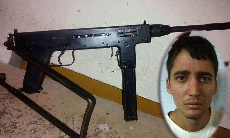 Polícia prende homem acusado de matar jovem com metralhadora