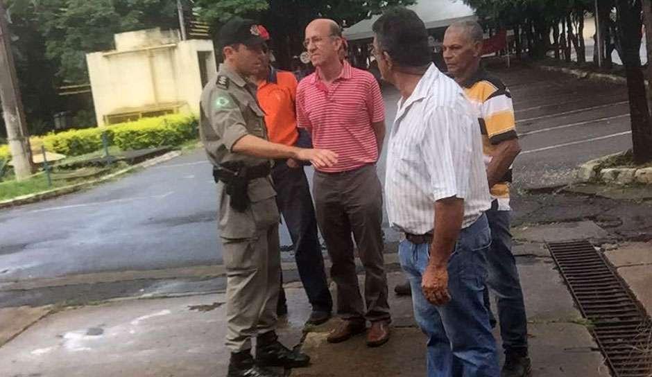 MST invade sede da Seduce em Goiânia