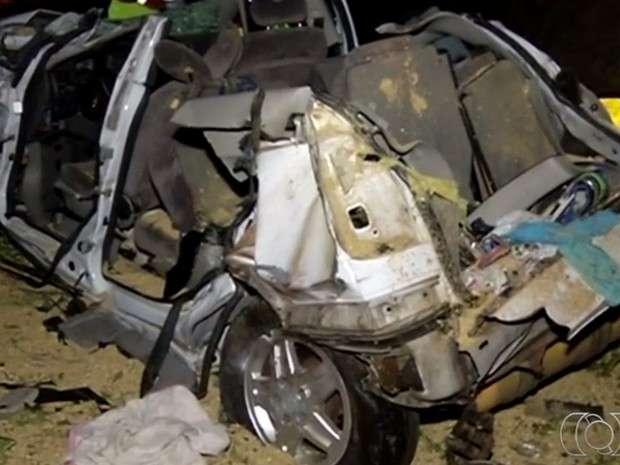 Acidente na BR-050 deixa seis pessoas mortas e três feridas