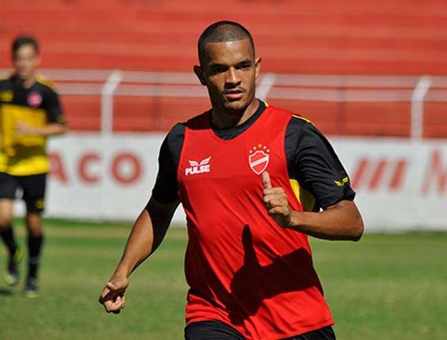 """Jheimy: """"Vila não é o pior time da Série B"""""""