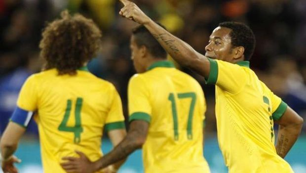 Robinho diz estar pronto para ser líder na seleção