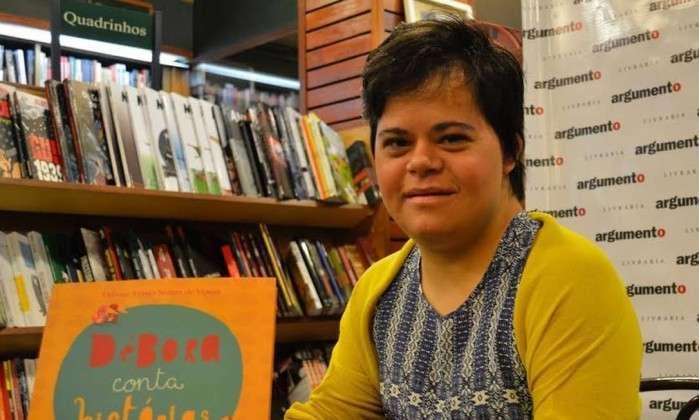 Primeira professora com Síndrome de Down do país defende escola normal para todos