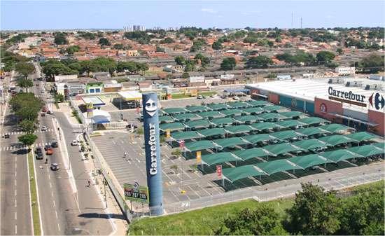 Carrefour terá de indenizar cliente por furto ocorrido em seu estacionamento
