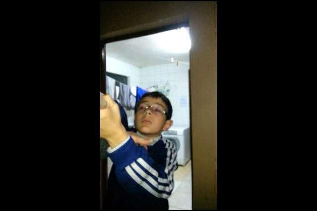 Novos vídeos mostram relação de conflito entre Bernardo e o pai