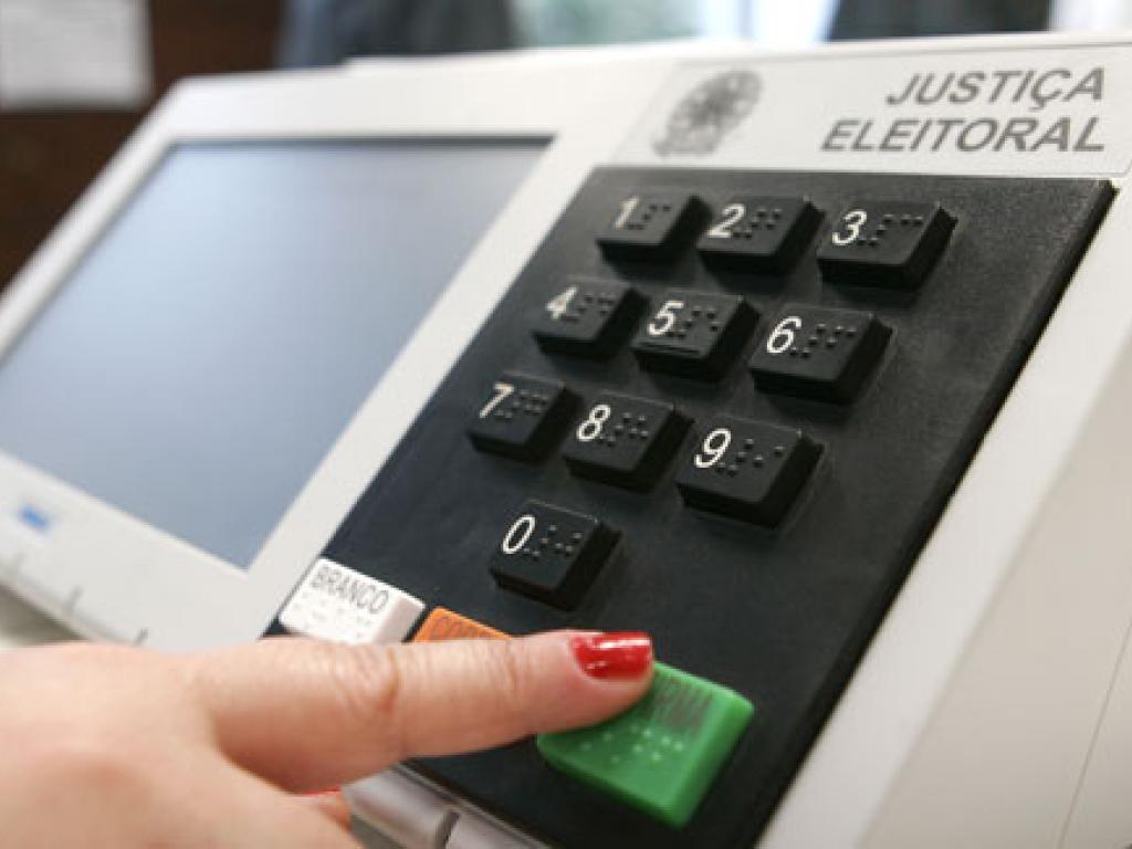 TSE prevê que troca de locais de votação em escolas ocupadas será tranquila