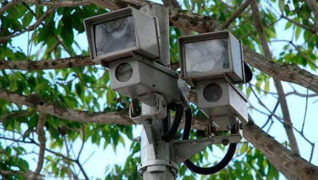 Fotossensores começam a multar em abril na Avenida 85, em Goiânia