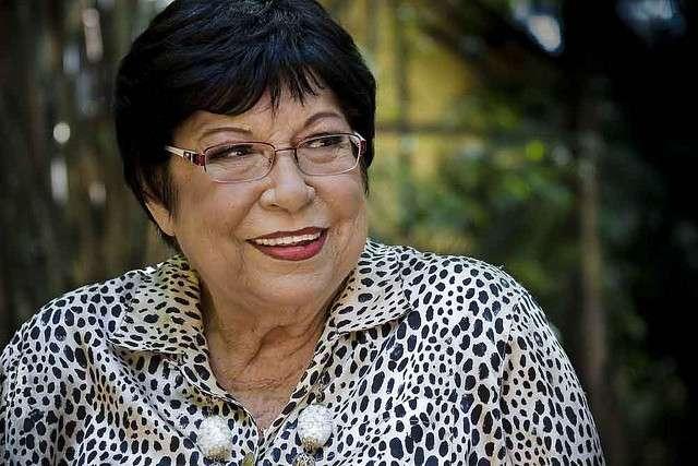 Morre em SP a cantora Inezita Barroso