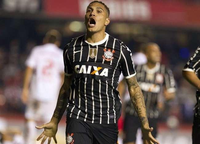 Guerrero espera dispensa da seleção para pegar o Goiás