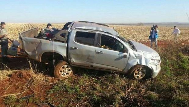 Após acidente, traficantes abandonam caminhonete com cerca de 1 tonelada de maconha