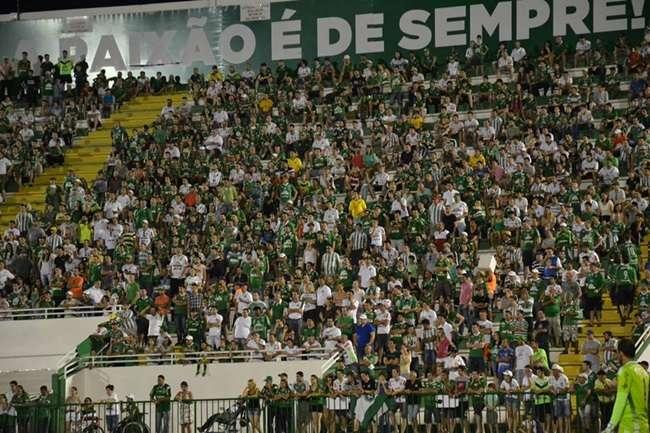 Chapecoense bate Sport na estreia do técnico Jorginho