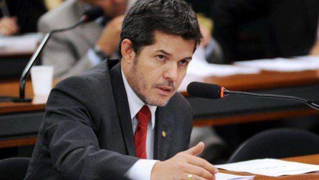 Delegado Waldir é o deputado federal mais votado da história de Goiás; veja a lista