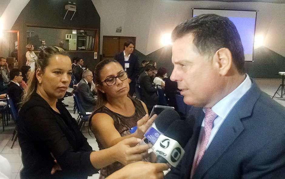 """""""Temos de dizer 'sim' para o Brasil"""", diz Marconi ao avaliar crise econômica nacional"""