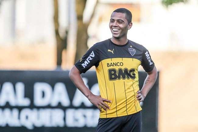 Reforços, Tiago e Rafael Carioca treinam no Atlético-MG