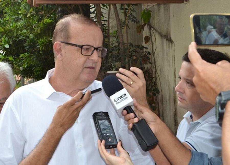 Ao votar, Paulo Garcia diz que deixa legado na área de mobilidade urbana