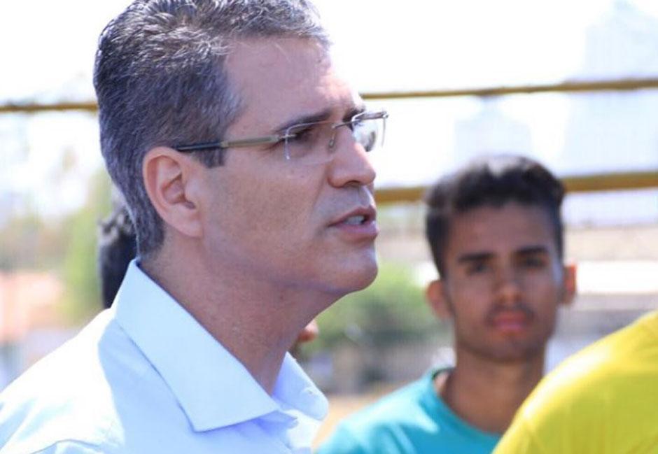 Francisco Jr. propõe choque de gestão para colocar ordem na saúde