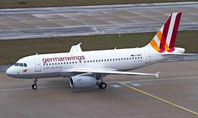 Voo da Germanwings desvia rota por perda de combustível