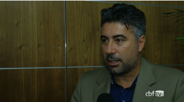 Gallo refaz lista do Brasil sub-21 só com 'estrangeiros'
