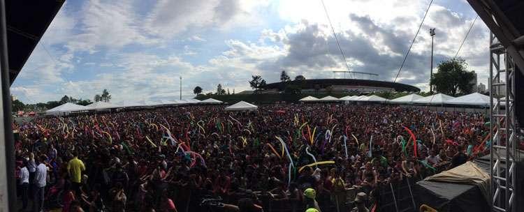 Show de Natal da OVG atrai mais de 50 mil pessoas ao Serra Dourada